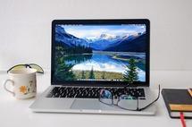 Lenovo předehnalo Apple a je jedničkou v počítačích včetně tabletů
